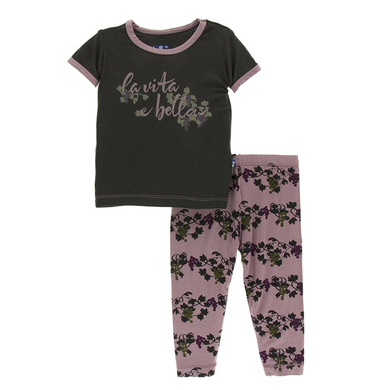 0fd597e5a1ea Print Short Sleeve Pajama Set in Raisin Grape Vines