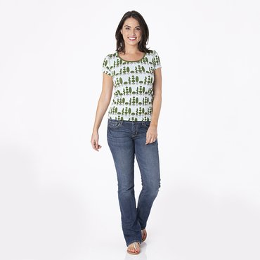 Print Short Sleeve Scoop Neck Tee in Spring Sky Villa Garden