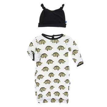Print Layette Gown & Double Knot Hat Set in Natural Butterfly Fish