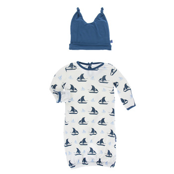 Print Layette Gown & Double Knot Hat Set in Natural Sailboat