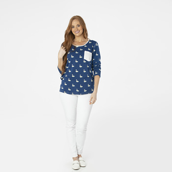 Print Long Sleeve Loosey Goosey Tee with Pocket in Navy Queen's Swans