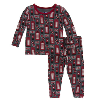Print Long Sleeve Pajama Set in Life About Town