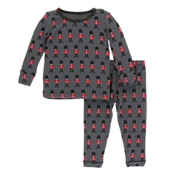 Print Long Sleeve Pajama Set in Queen's Guard