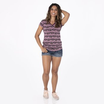 Print Short Sleeve One Tee in Raisin Grape Vines