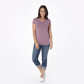 Solid Short Sleeve One Tee in Raisin