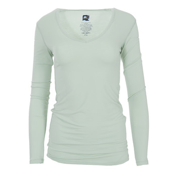 Solid Long Sleeve One Tee in Aloe