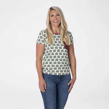 Print Short Sleeve Loosey Goosey Tee with Pocket in Giant Pretzel