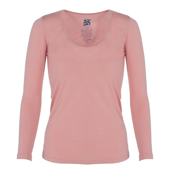 Solid Long Sleeve Scoop Neck Tee in Blush