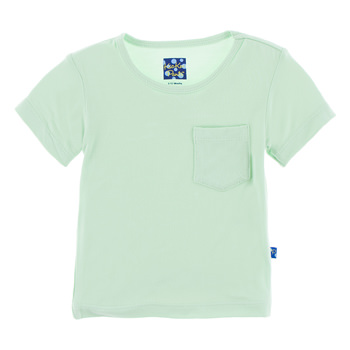 Solid Short Sleeve Easy Fit Tee with Pocket in Pistachio