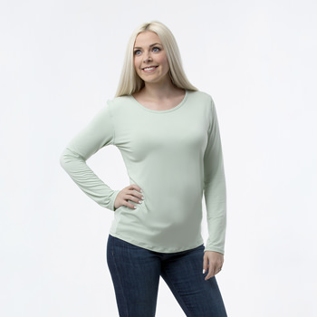 Solid Loosey Goosey Long Sleeve Tee in Aloe