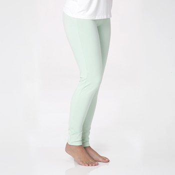 Solid Women's Luxe Leggings in Pistachio