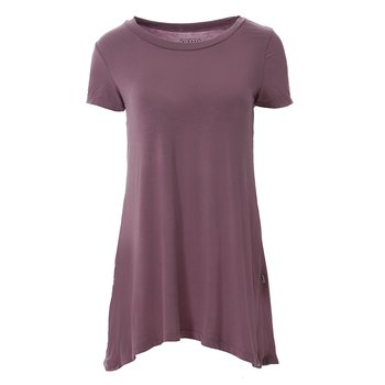 Solid Short Sleeve Tee Shirt Tunic in Raisin